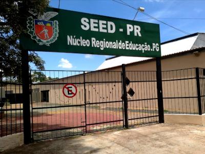 fachada do núcleo reginal de educação de Ponta Grossa